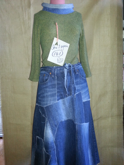 Upcycled jeans to skirt